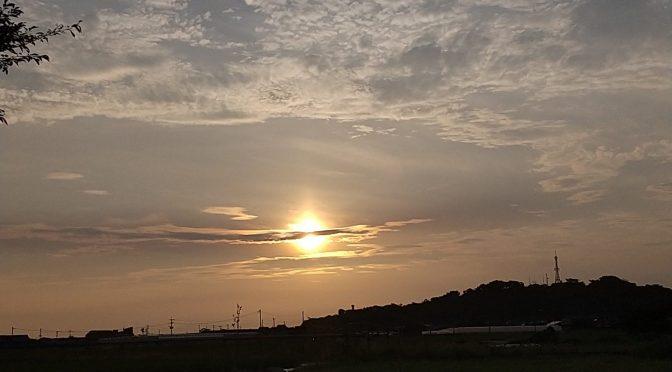 暑い夕方の空。✨