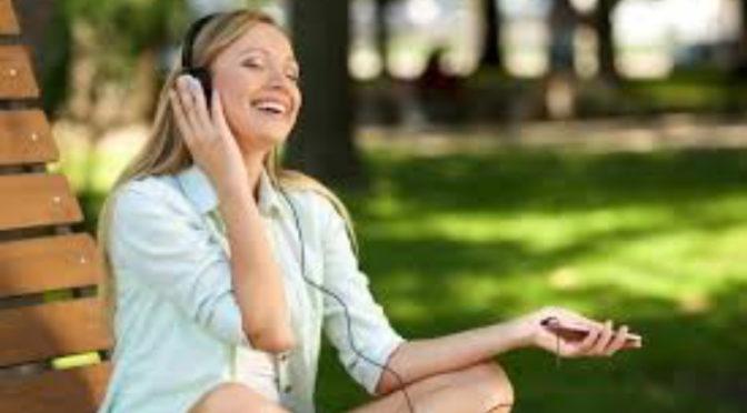 朝一番に聴いた音楽で、今日の運勢を占う。