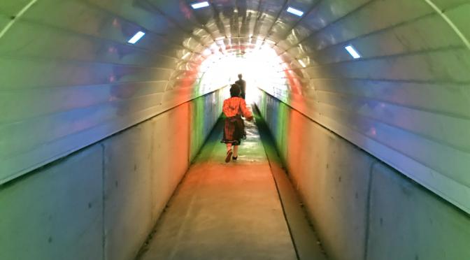 トンネルは抜けた
